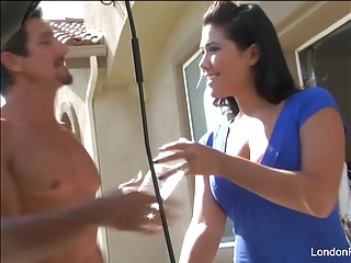 Sexy London Keyes gets..