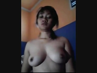 indonesian maid pussy and..