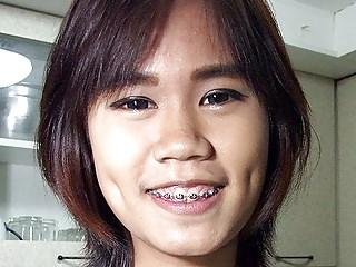 Flat Chest Thai Girlette On..