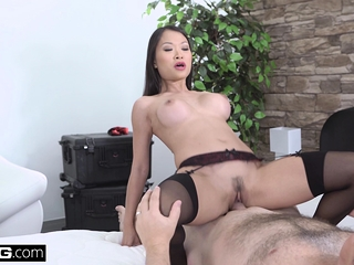 Incomparable Asian Pussykat..