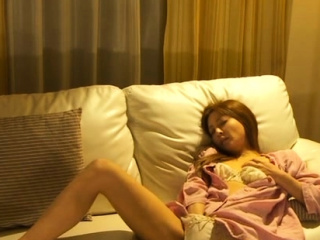 Kinky idol Manami Suzuki is..