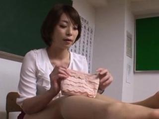 Diverting Tamaki Nakaoka is..