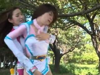 Fisting amulet lesbian..