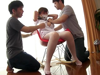 Sex-crazed Japanese model in..