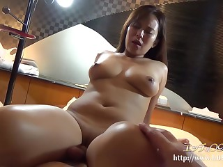 sexy horny broad in the beam..