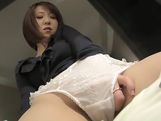 Hottest Japanese chick take..
