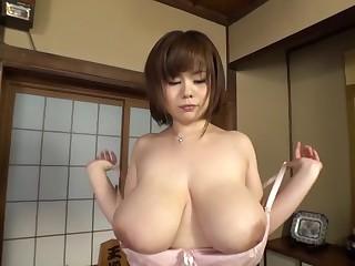 Amazing Japanese model..